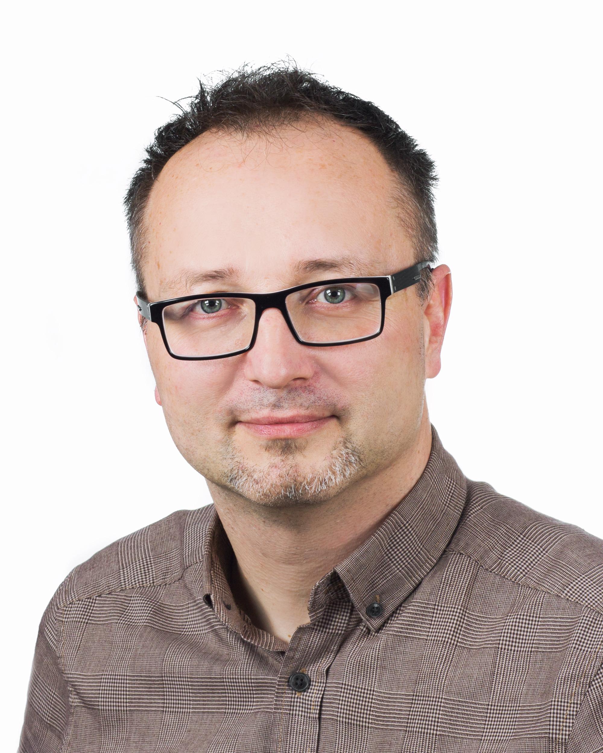 M.KAMINSKI